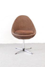 vintage-bruine-ribstof-ei-stoel-egg-chair-jaren-70-3