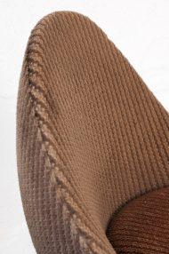 vintage-bruine-ribstof-ei-stoel-egg-chair-jaren-70-4