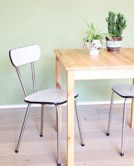vintage-formica-stoelen-grijs-wit-4