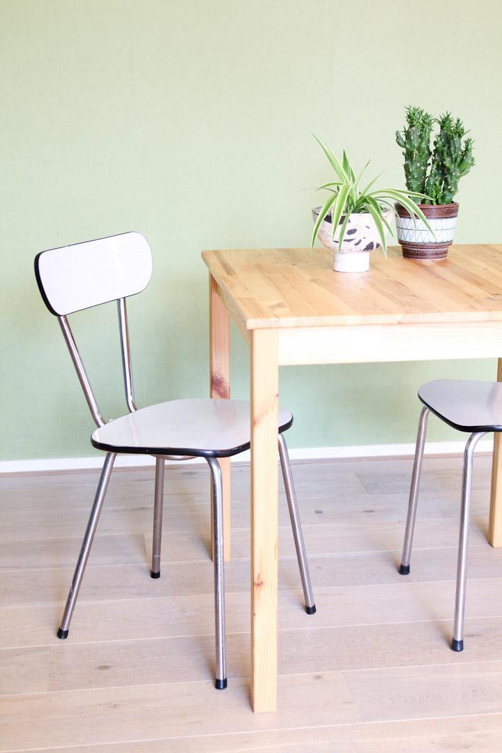 Vintage witte formica stoelen froufrou 39 s for Vintage stoelen