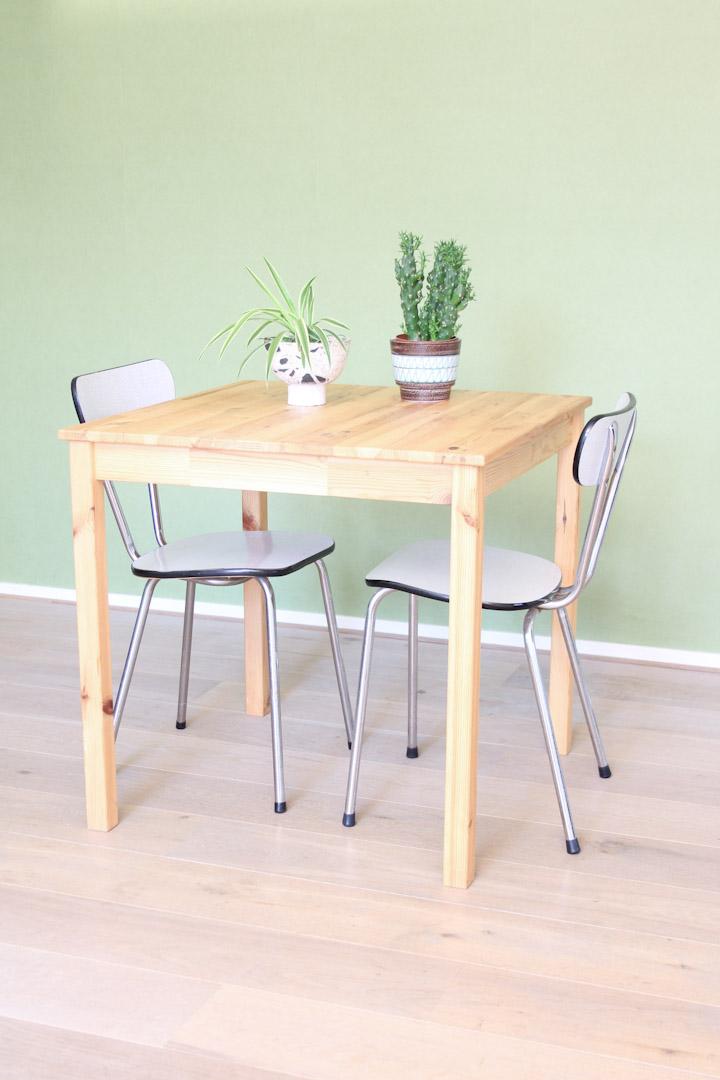Vintage witte formica stoelen
