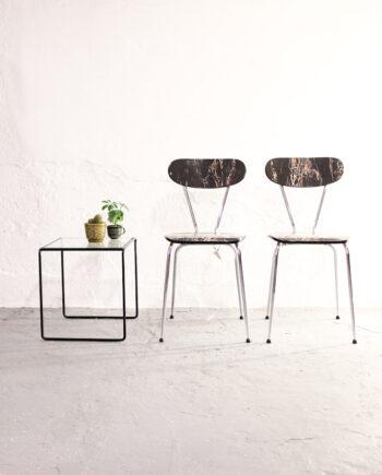 Zwart marmeren formica stoeltjes