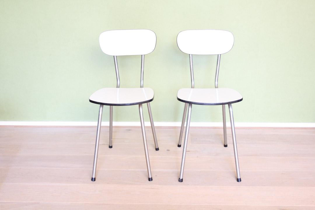 Vintage witte formica stoelen - Froufrou's