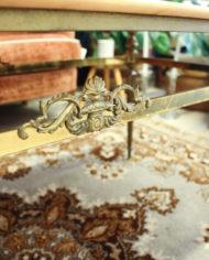 vintage-franse-marmeren-salontafel-messing-onderstel-4