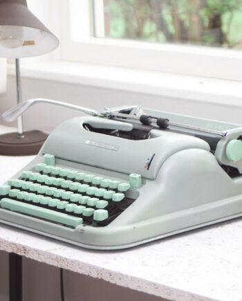 mintgroene typemachine