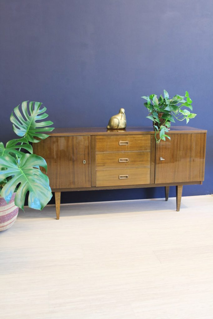 Vintage houten hoogglans dressoir