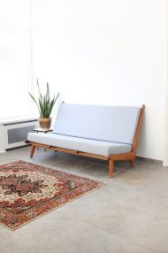 vintage-jaren-60-bank-sofa-pastelblauw-1