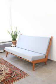 vintage-jaren-60-bank-sofa-pastelblauw-3