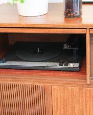 vintage-lowboard-dressoir-audiomeubel-kast-radiogram-houten-5