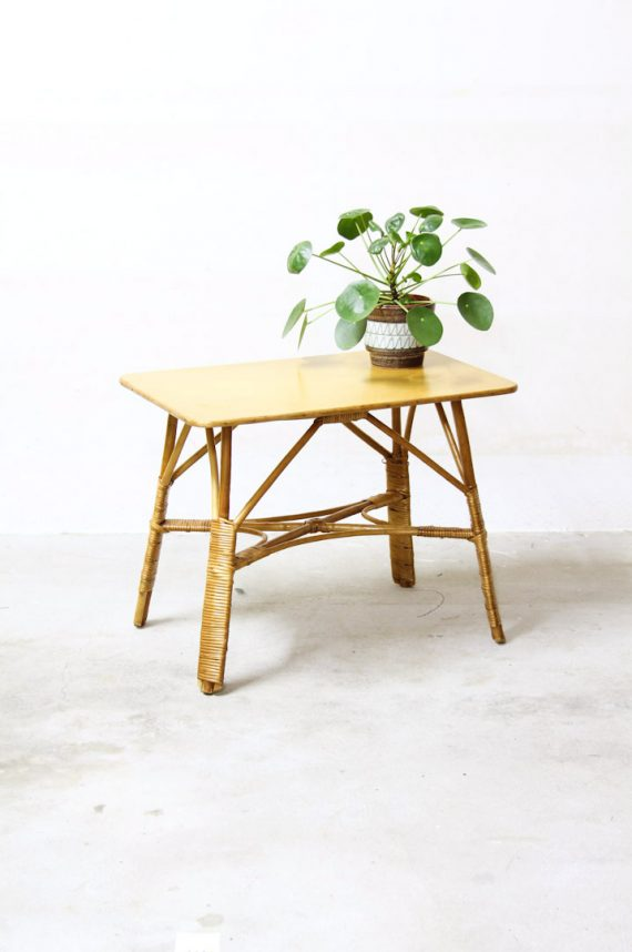 rotan tafeltje