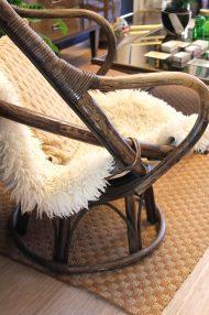 vintage-rotan-draaistoel-eggchair-eistoel-bruin-3