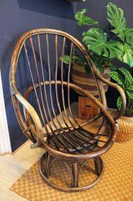 vintage-rotan-draaistoel-eggchair-eistoel-bruin-4