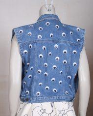 vintage-spijkerjasje-mouwloos-googly-eyes-customized-3