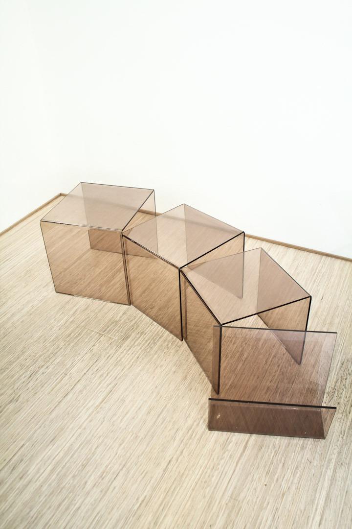 3 Plexiglas Bijzettafeltjes.Vintage Mimiset Plexiglas Bruin Froufrou S