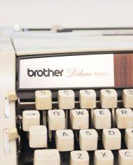 vintage-typemachine-brother-deluxe-1510-hout-look-wooden-3