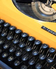 vintage-typemachine-geel-tippa-s-adler-2