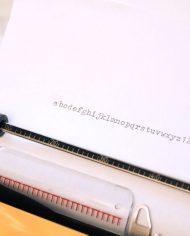 vintage-typemachine-geel-tippa-s-adler-3