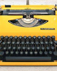 vintage-typemachine-geel-tippa-s-adler-4