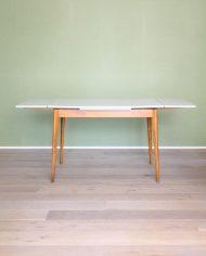 vintage-uitschuifbare-formica-tafel-houten-poten-wit-grijs-7