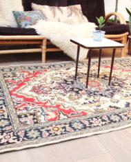 vintage-vloerkleed-rood-wit-zwart-tapijt-patroon-oosters-5