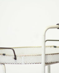 vintage-witte-metalen-trolley-serveerwagen-goud-messing-barcart-10
