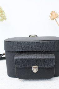 vintage-zwarte-cameratas-voorvak-gesp-2a
