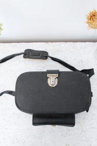 vintage-zwarte-cameratas-voorvak-gesp-3