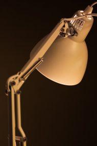 witte-schaarlamp-bureaulamp-vintage-retro-6