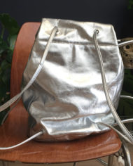 zilveren-leren-rugtas-COS-rugzak-6
