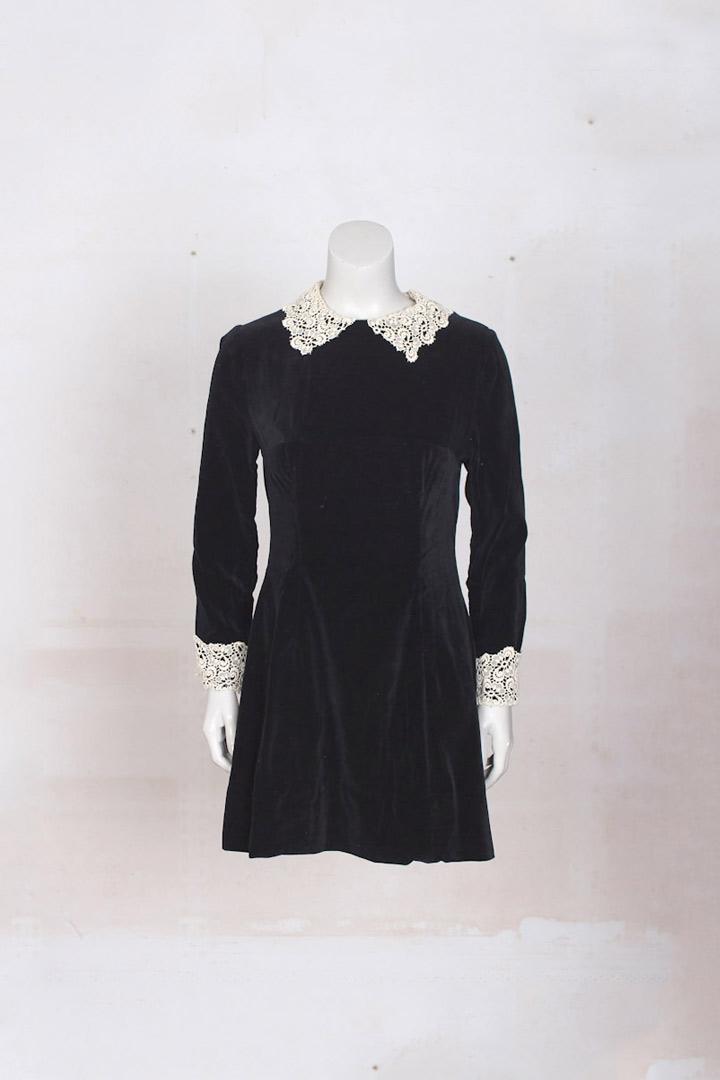 jurk met kanten kraag