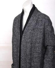 zwart-grijze-gemeleerde-oversized-wollen-winterjas-3