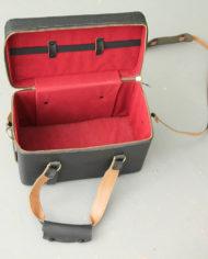 zwarte-vintage-cameratas-hengsels-4